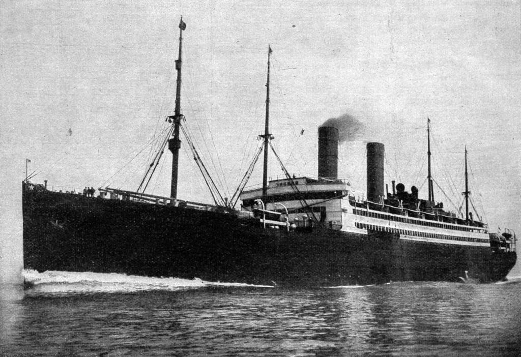 Dampfschiff schwarzweiß
