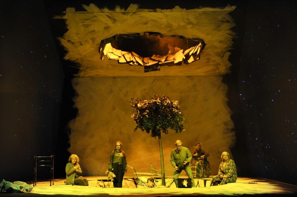 """Das Bühnenbild von """"What's Next"""", © Hans-Jörg Michel, Deutsche Oper am Rhein"""